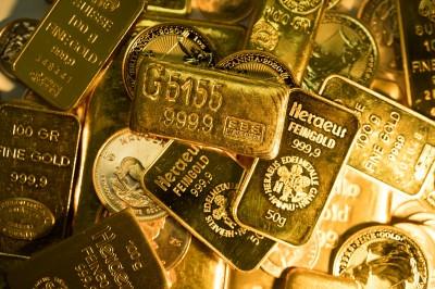 美元強彈 黃金大跌逾40美元