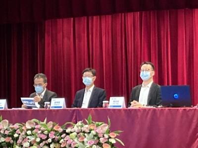 劉揚偉揭示鴻海雙兆動能:伺服器、CMMS