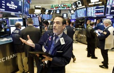 美初領失業金人數跌破1百萬、市場等待紓困 美股開盤漲跌互見