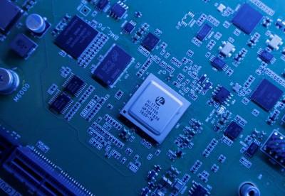 中國力推晶片自產!欲在6年內將自給率從30%衝至70%