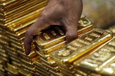 全球股市上升、美元反彈 金價大跌逾34美元