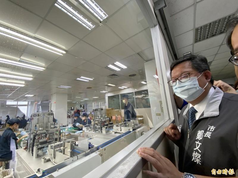 雙鋼印口罩測試國家隊第一家 桃園善存科技日繳20萬片口罩