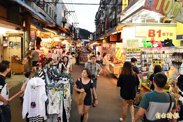 里昂證︰台灣薪資不漲 消費熱不起來