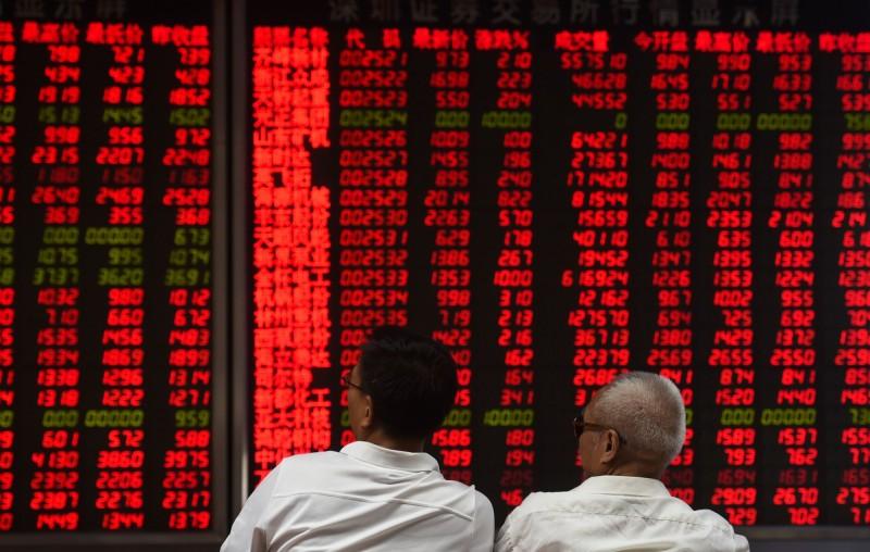 亞股大反攻 陸股漲逾4% 港股漲近600點