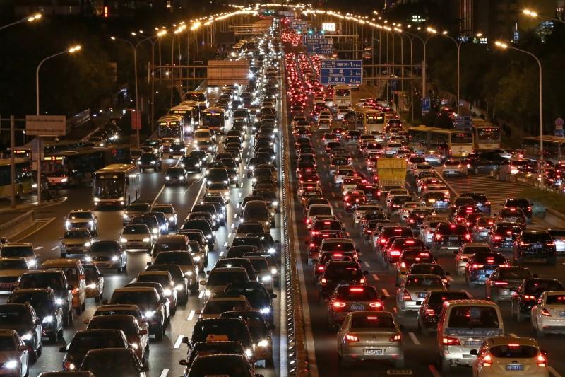 定位資訊全都露!美媒爆:200家車廠洩個資給中國政府