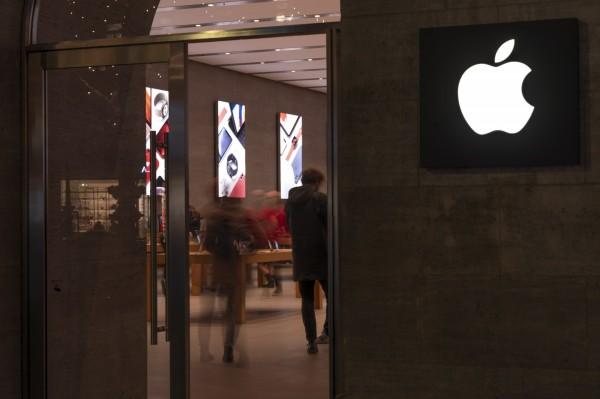 花旗砍iPhone明年銷量預測 鴻海恐剉咧等