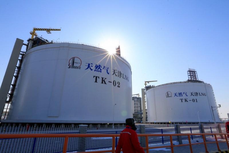 中國12月進口原油次高、天然氣新高