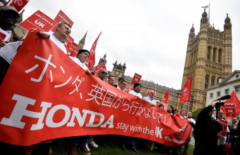 日本2大車廠喊撤出英國 本田英國員工示威抗議