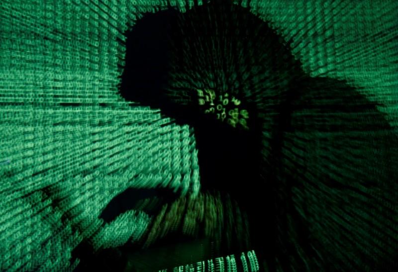 日媒:美企憂插頭藏間諜 要求光寶、廣達撤出中國
