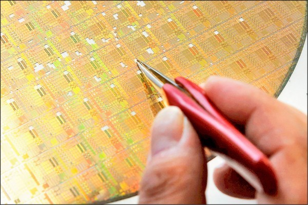 加速自主研發晶片 中國今年將增5座12吋晶圓廠