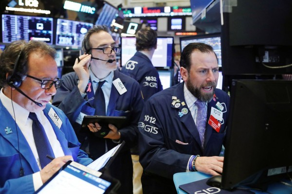 美債殖利率曲線持續倒掛 美股4大指數收黑