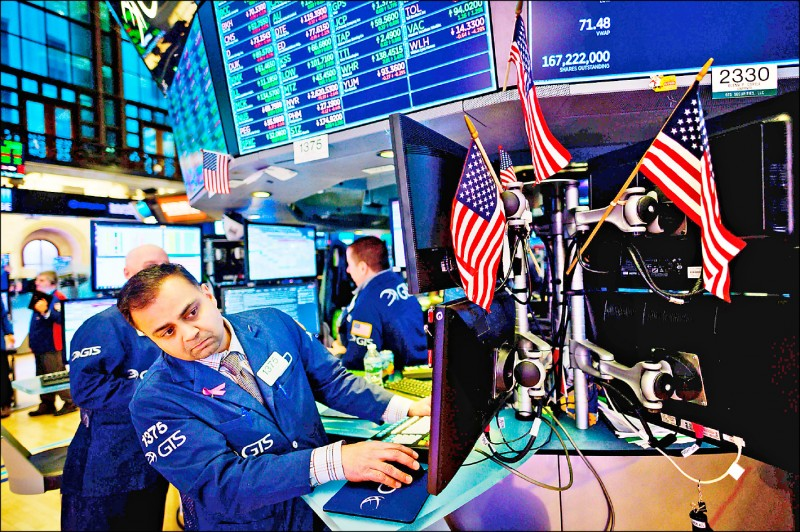 費城半導體類股飆漲 分析師:預告全球經濟反彈
