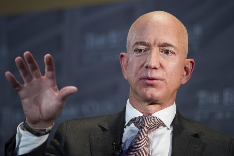 20年來從未加薪 他仍穩坐全球首富!