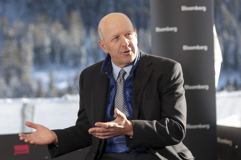 高盛CEO:衰退機會降低 美國經濟正「穩穩前進」