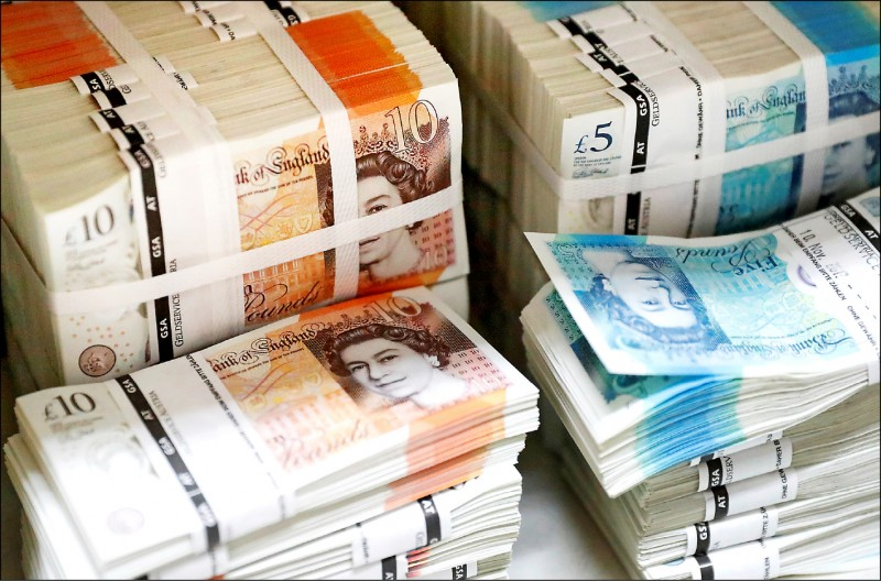渣打︰美元走勢見頂 英鎊、歐元反彈