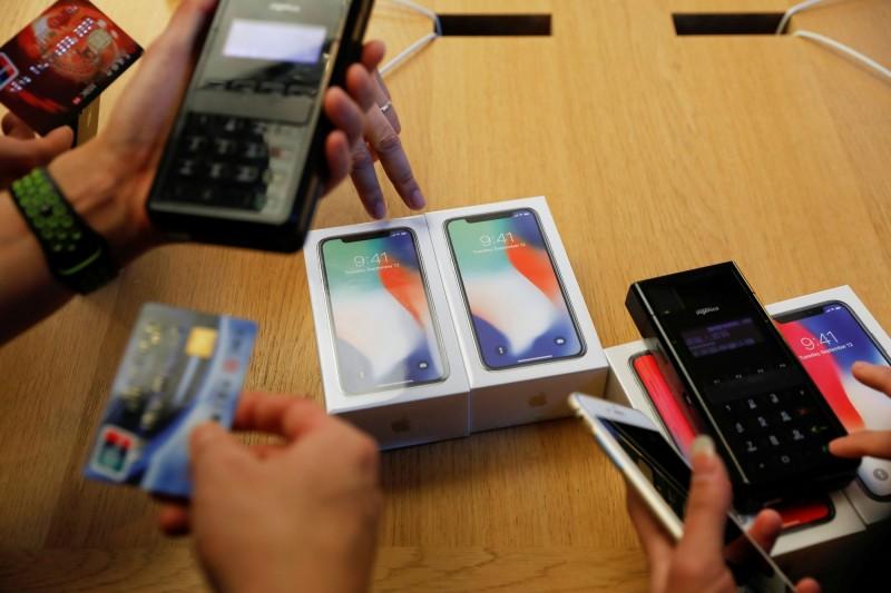 看壞蘋果! 高盛估iPhone今年出貨量差、恐衝擊股價