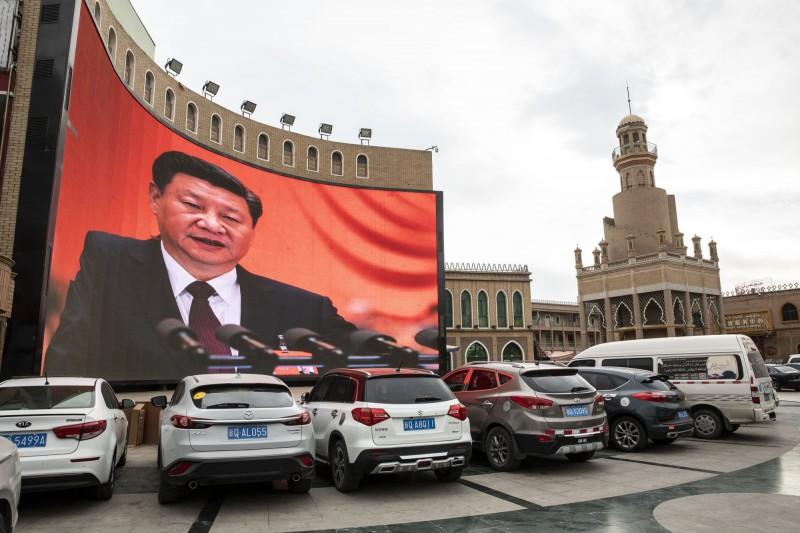 中國鐵腕鎮壓新疆 專家:事關一帶一路成敗