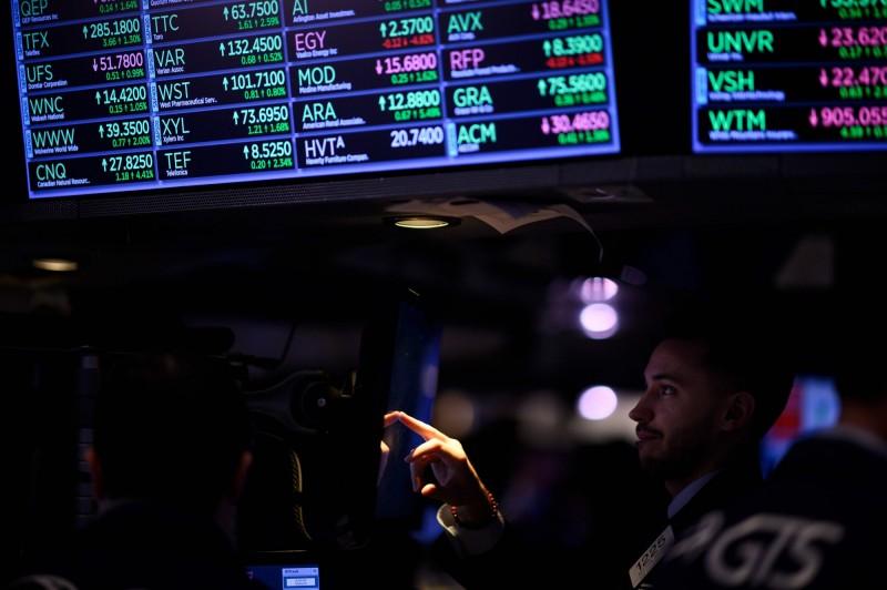 美中貿易戰升級震撼美股 高盛:這3類股可成避風港