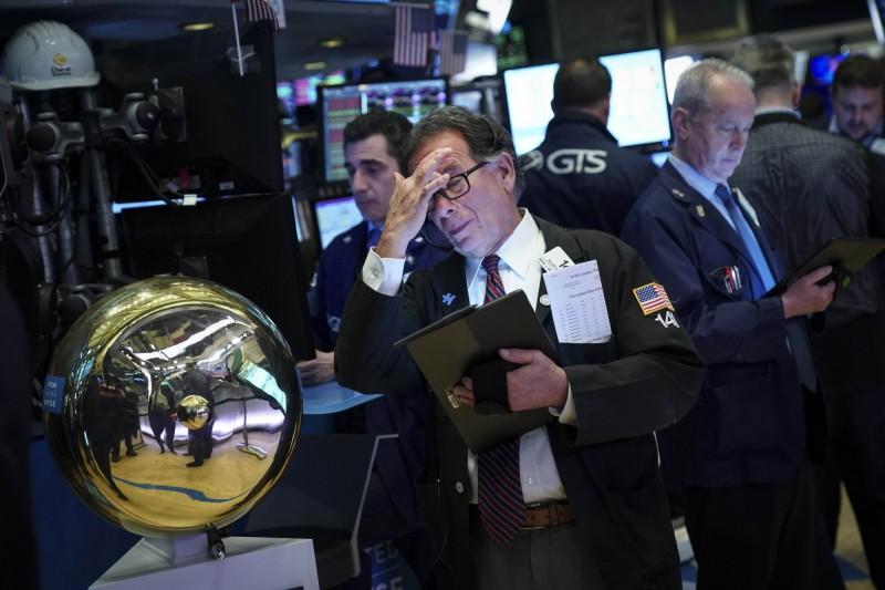 貿易大戰》被川普嚇到  全球股票基金 1週大撤退6千億