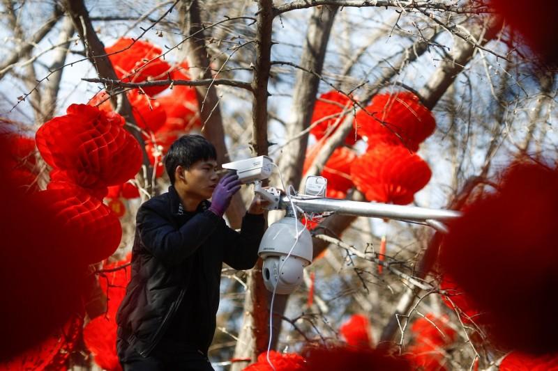 連續重拳!紐時:川普政府考慮將中國監視器大廠列黑名單