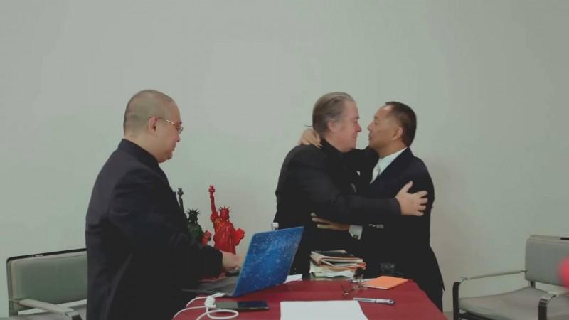 戴高樂之孫力挺「反共」?班農與郭文貴私訊曝光