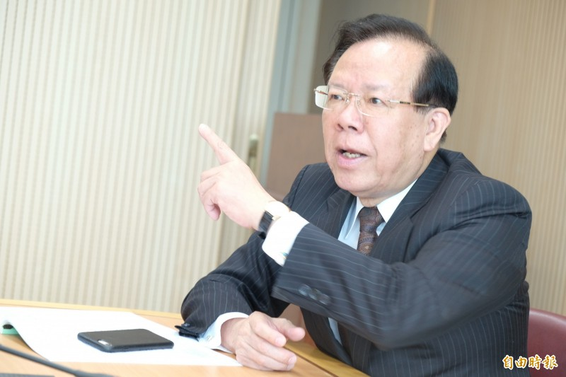 《CEO開講》顏慶章:解決財政困難 政府應先裁這些人