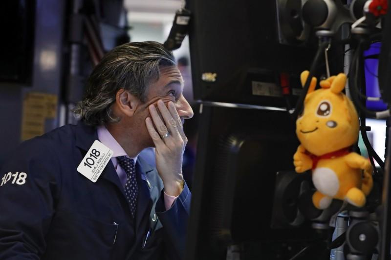美中貿易戰新憂慮浮現 美股收平盤、道瓊結束6連漲