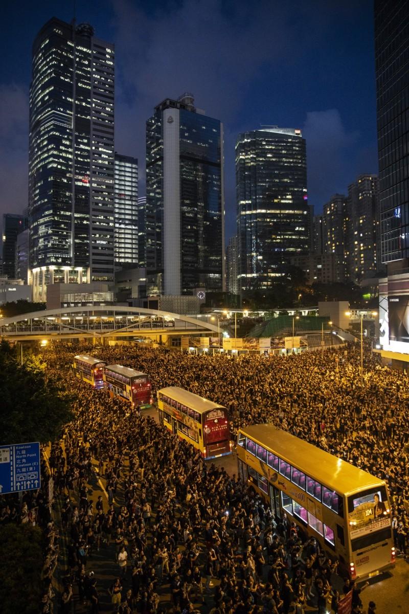 書劍集》經濟一百分的香港