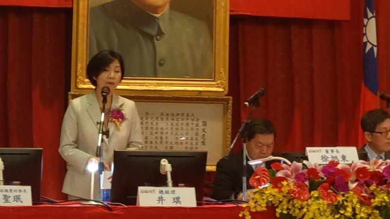 徐旭東:目前檯面上電信公司總經理只有井琪合格