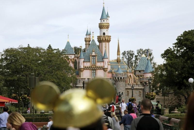 迪士尼評級慘遭下修  股價聞訊下滑