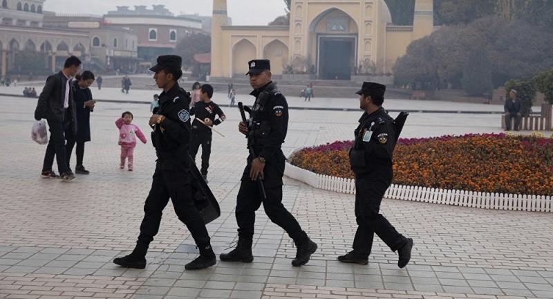 中國公安強行安裝監控App  手機用戶強烈不滿