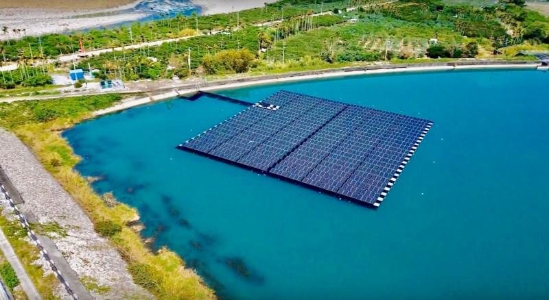太陽光電新二期計畫 朝屋頂增、地面降規劃
