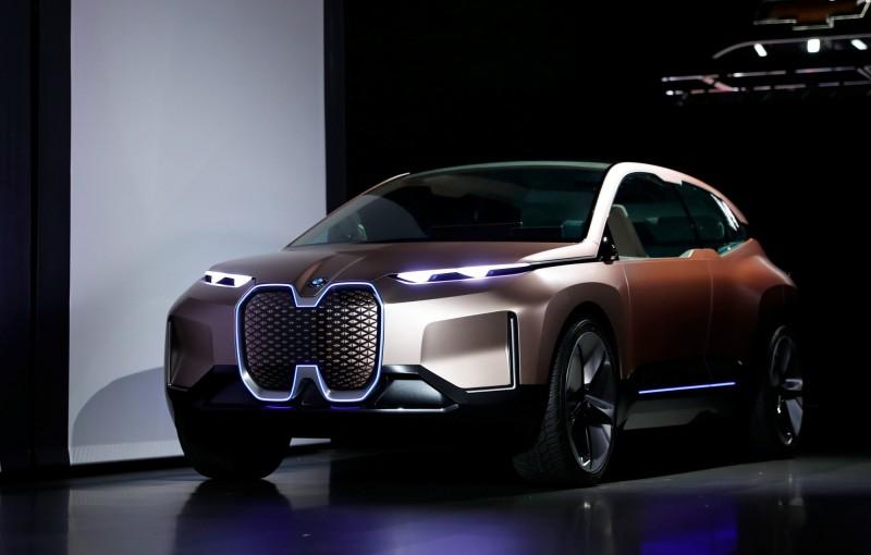 強強聯手 BMW、騰訊中國自駕車計算中心年底開張