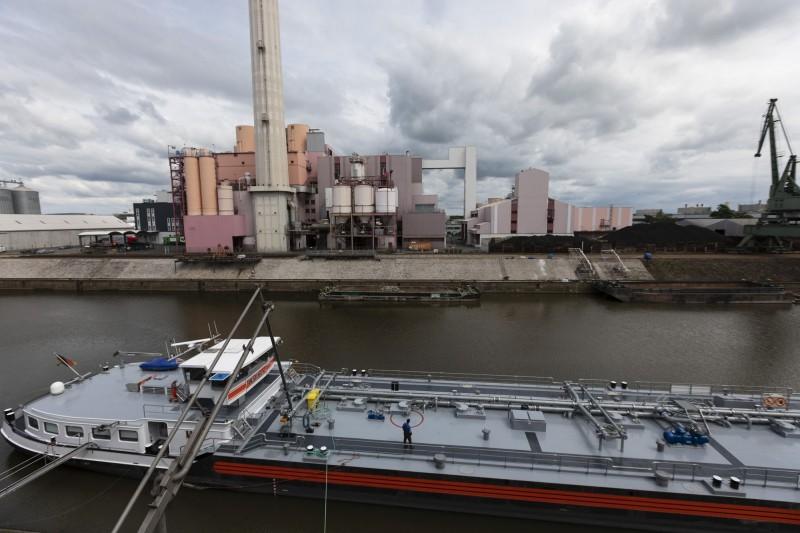 熱浪襲歐!萊茵河水位降低  德國經濟恐受威脅
