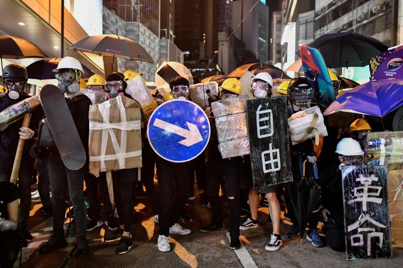 北京若武力鎮壓香港  白宮考慮制裁、結束貿易談判
