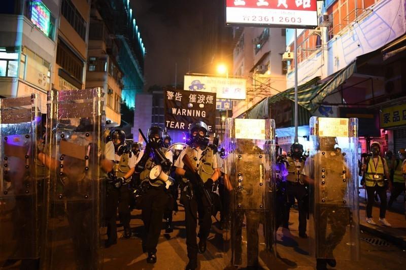 香港發起銀行擠兌運動 央行信心喊話:必要時提供外幣支援