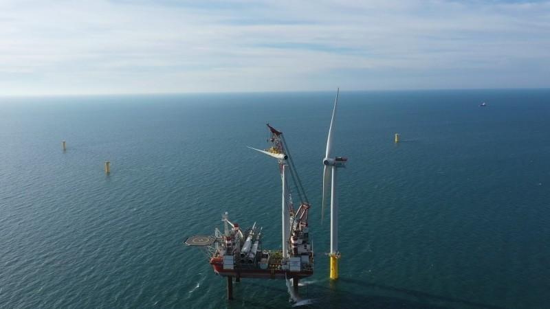 台首個離岸風場將落成 經長:20支風機9月與國人見面