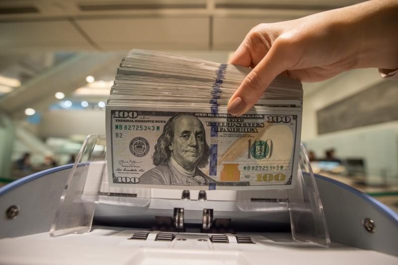 別怪聯準會!強勢美元真正原因  外媒指可能是「它」