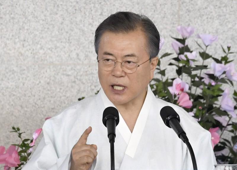 南韓總統文在寅拼了!親自投資「愛國」科技股基金