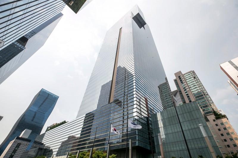 差很大!韓國大企業與中小企業新鮮人平均起薪差34萬