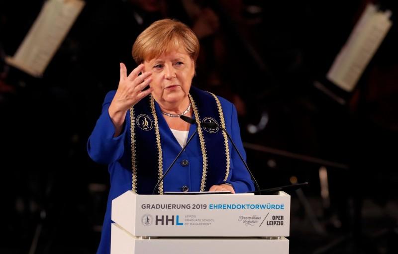 梅克爾6日訪中 德國學者示警:對中國投資過於樂觀