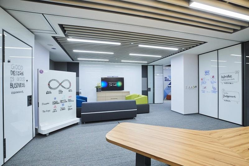 將全球的豐富經驗技轉台灣  IBM在台成立創新場域Studio體驗中心