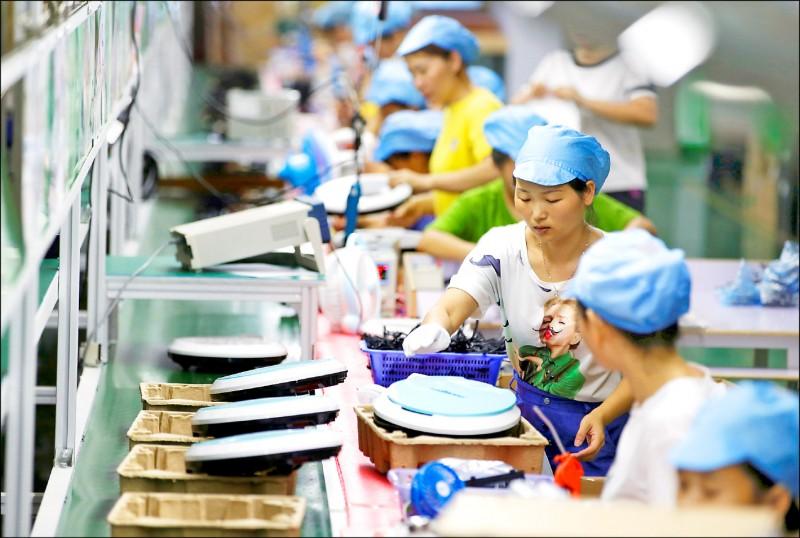 中國工業生產減速 李克強︰保6不易