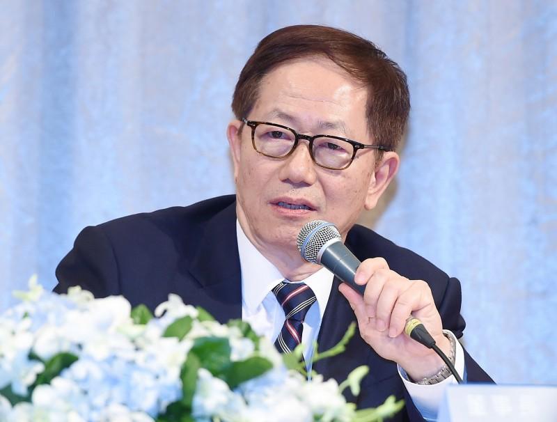 台灣半導體業如何保持競爭優勢?台積電董事長劉德音提4方向