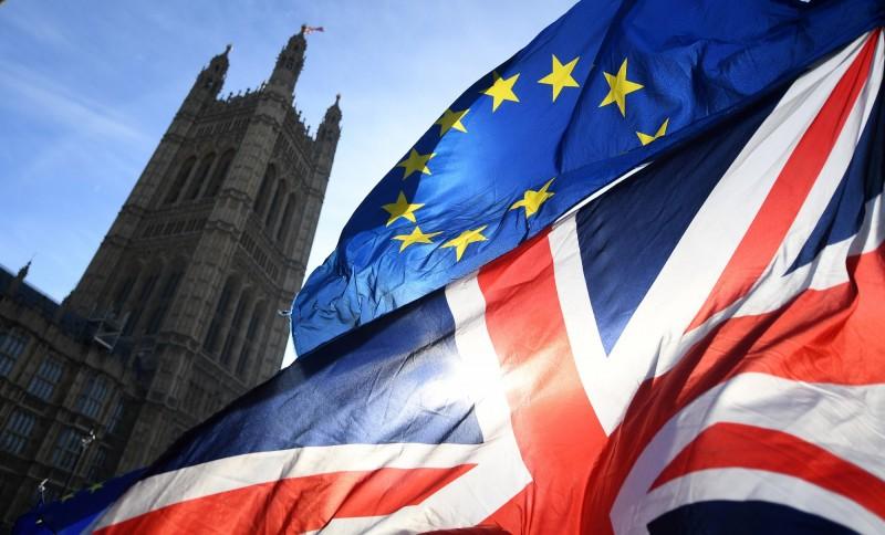 英國脫歐繼續拖  倫敦金融中心地位恐難追上紐約