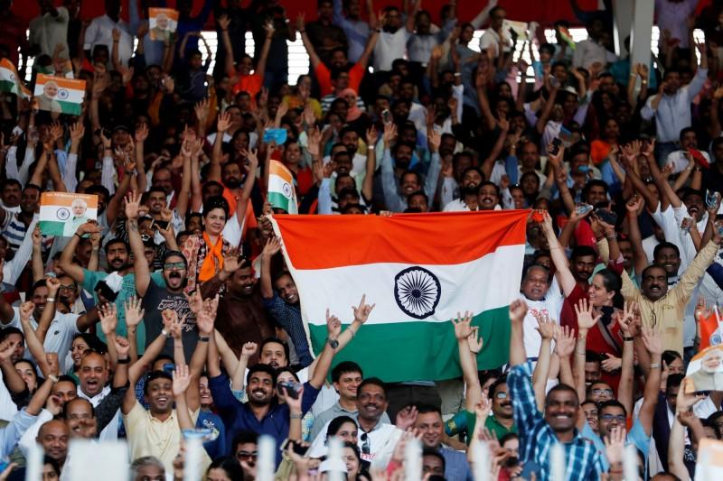 經濟成長墜6年新低  印度啟動6千億大減稅