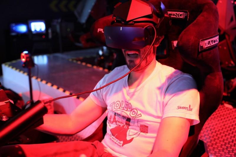 身歷其境的VR遊戲體驗!智崴電競基地體驗日人氣爆棚