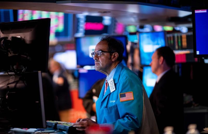 中國取消美農場參訪 科技股下跌拖累美股收挫