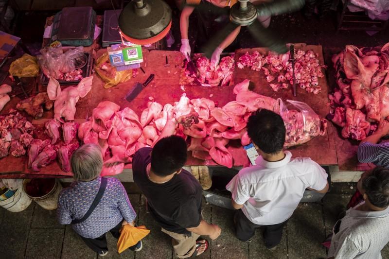 不止中秋節沒豬肉吃 中國人農曆春節可能也吃不到…