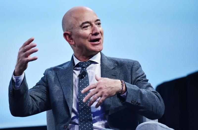 亞馬遜Q3財報差、股價挫跌 世界首富恐換人做